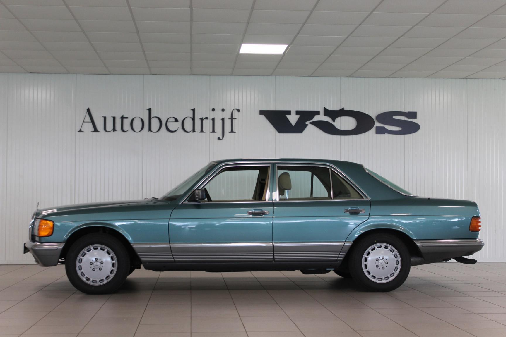 Mercedes-Benz-S-Klasse-4