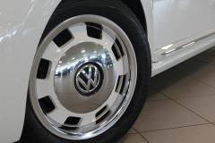 Volkswagen-Beetle-11