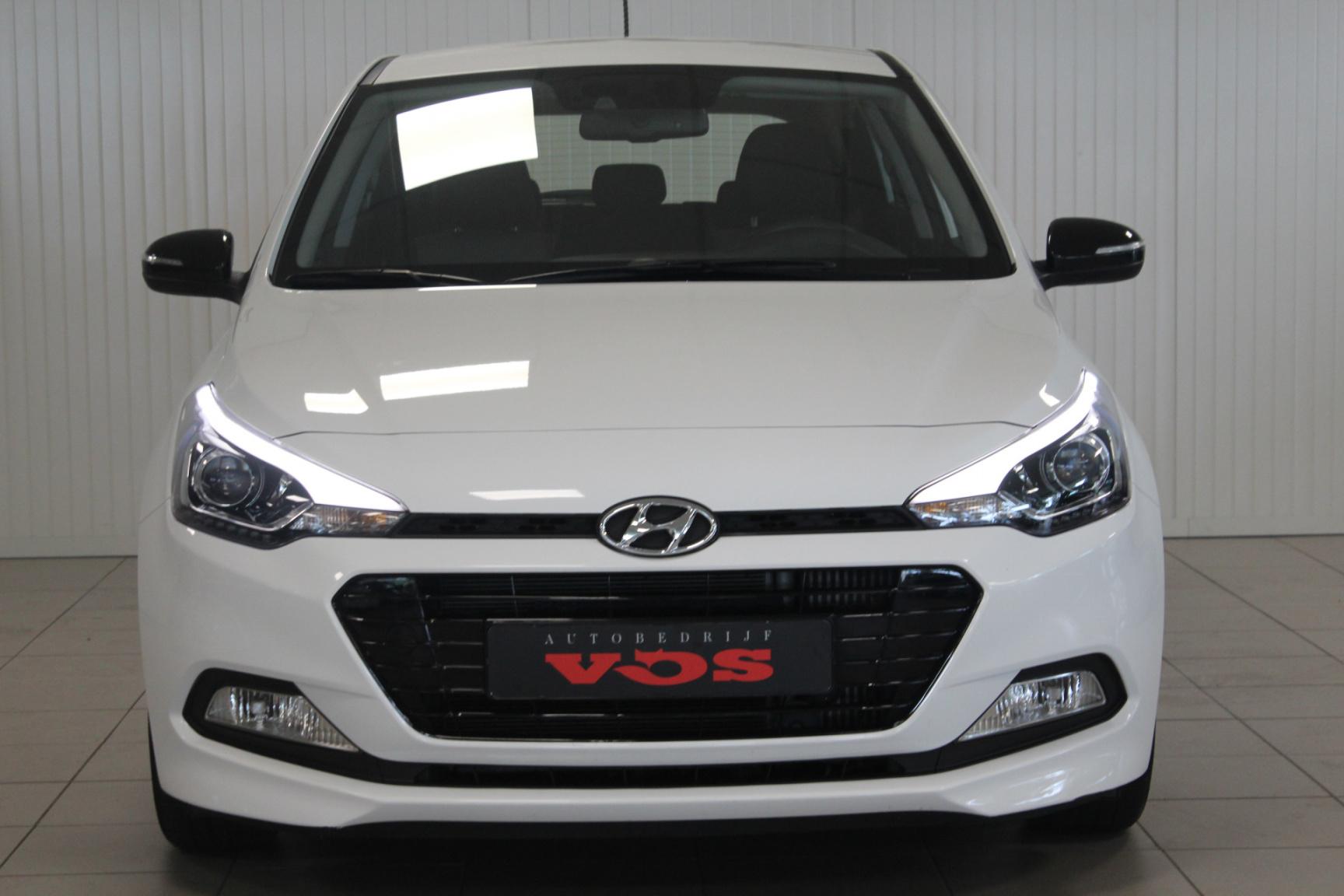 Hyundai-i20-12