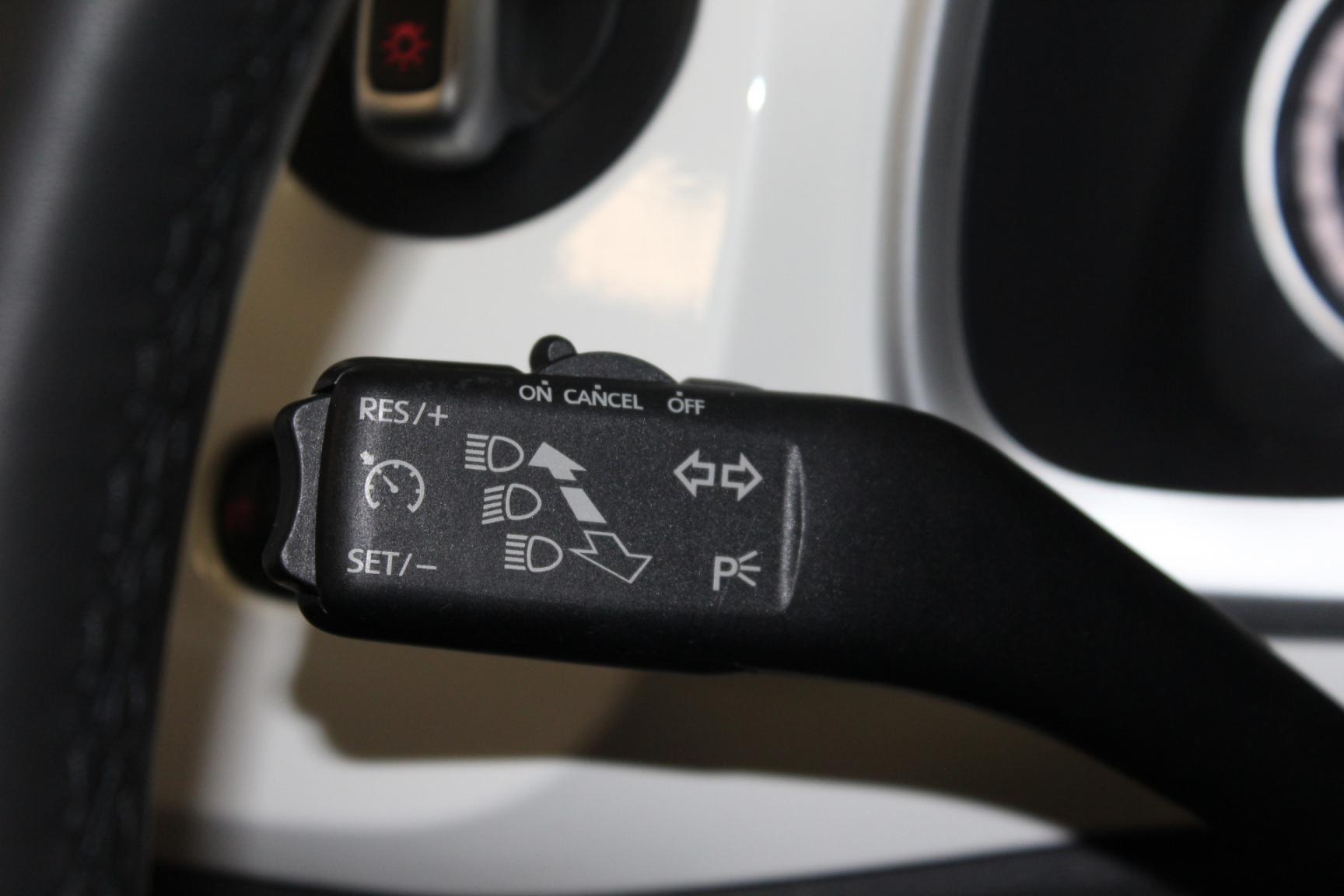 Volkswagen-Beetle-16