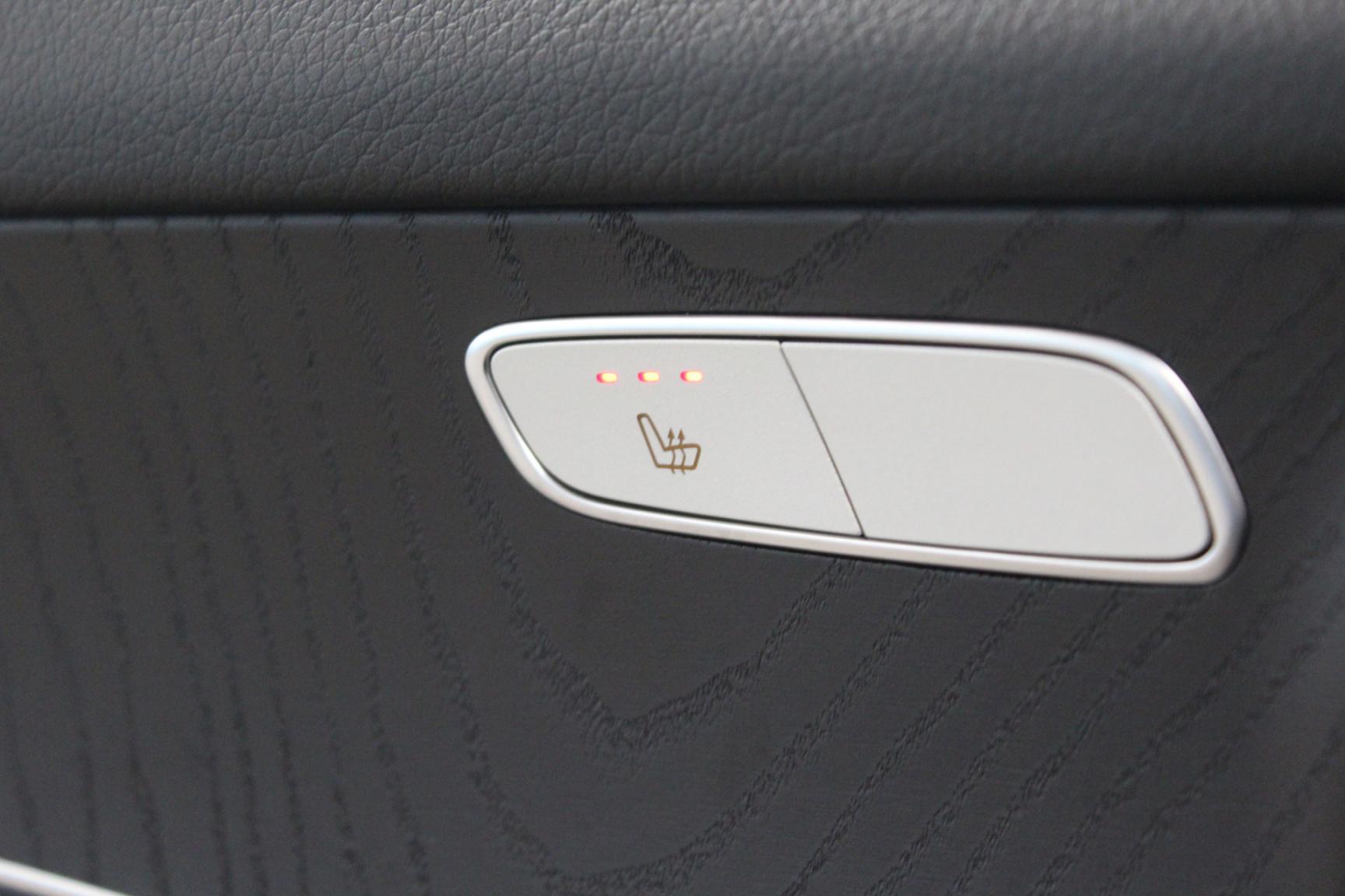 Mercedes-Benz-GLC-15