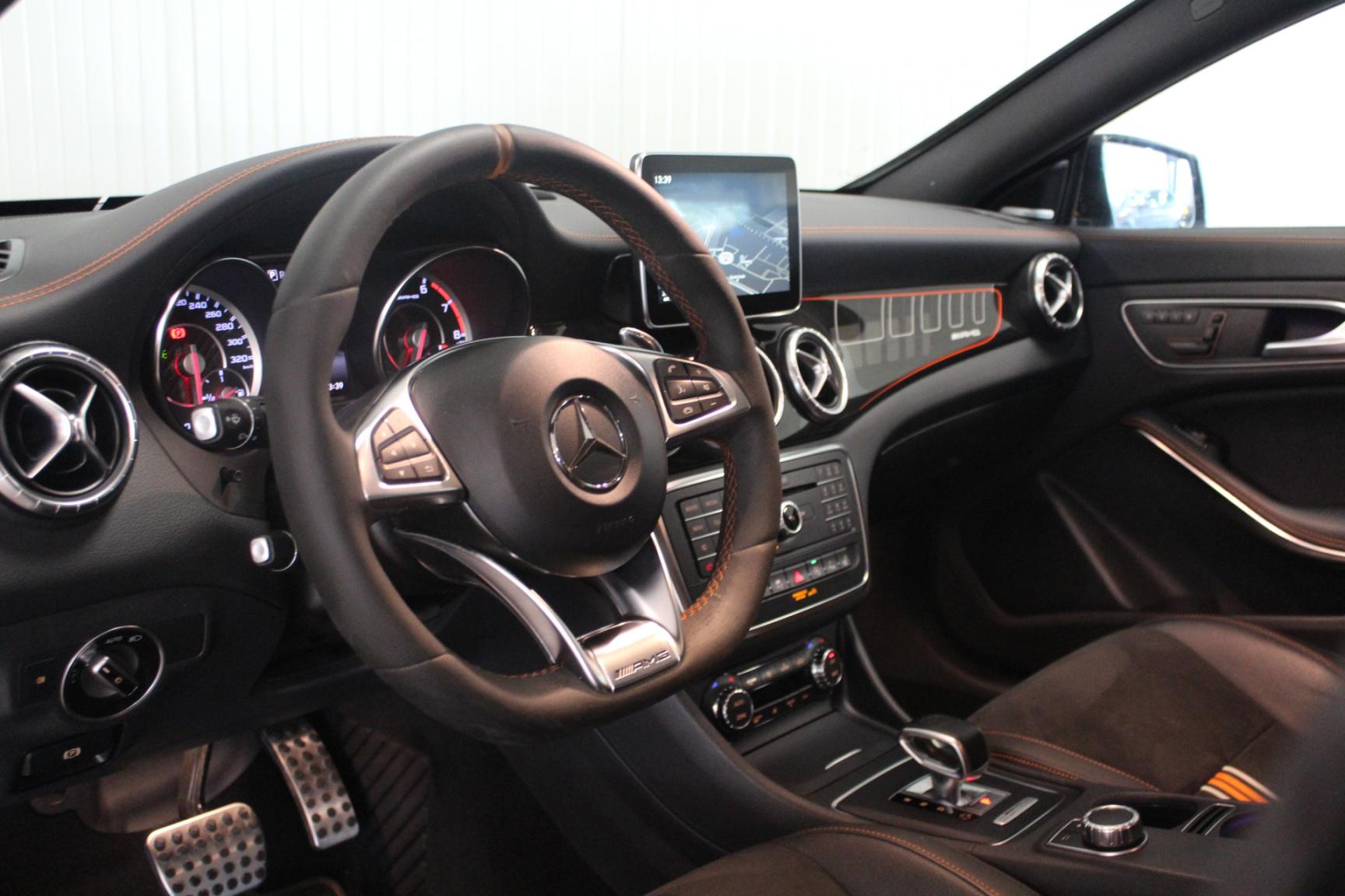 Mercedes-Benz-CLA-Klasse-1