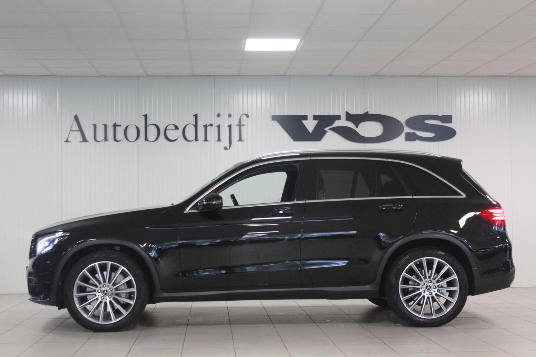 Mercedes-Benz-GLC-4