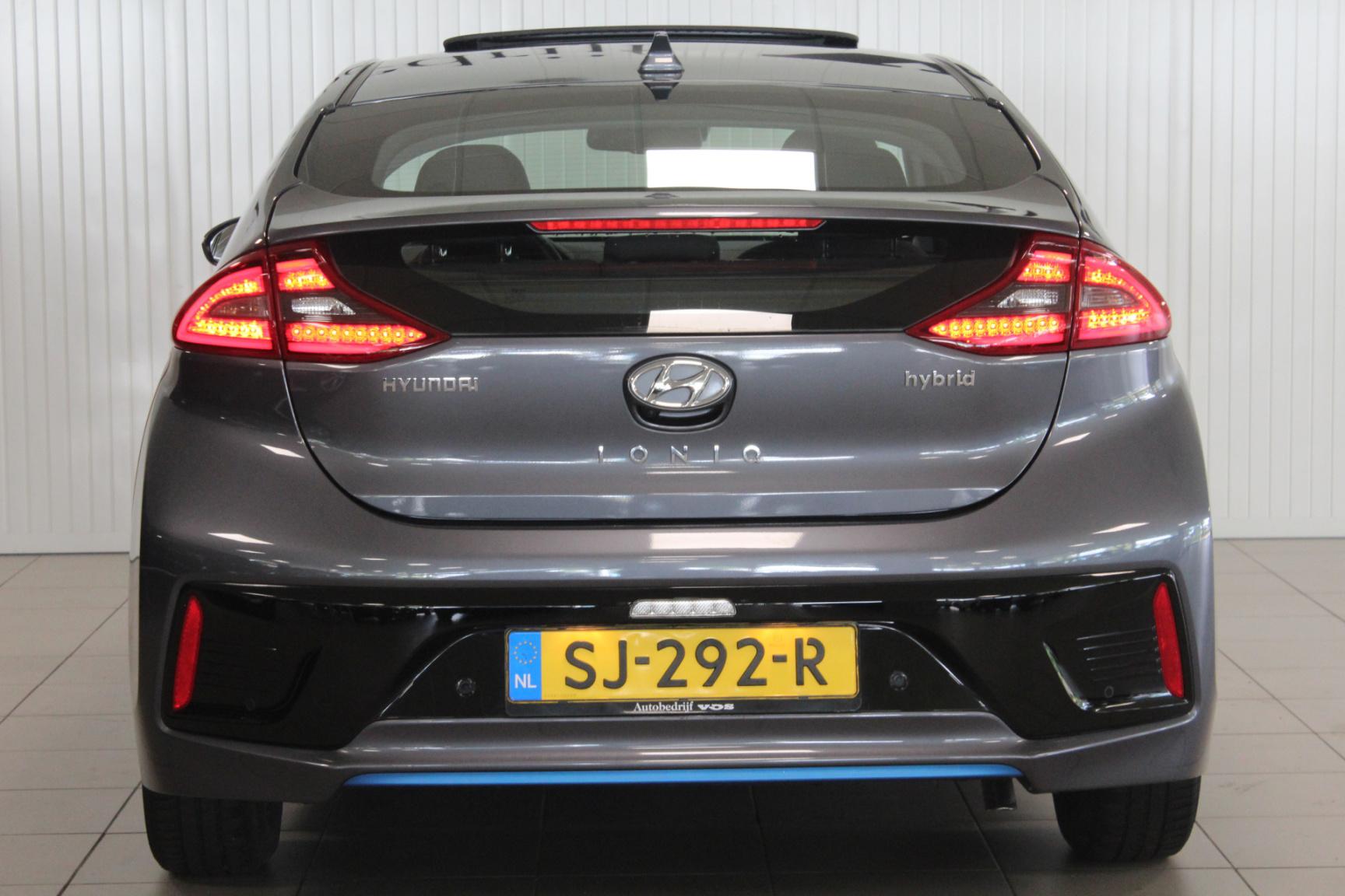Hyundai-IONIQ-6